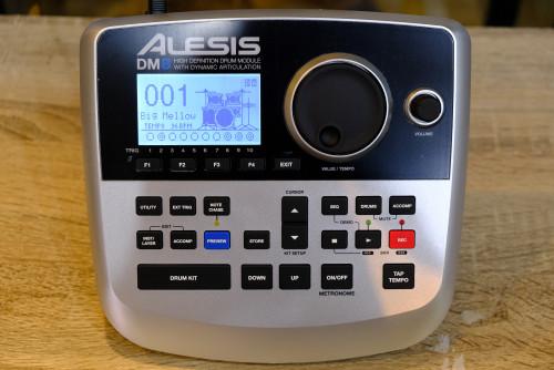 Alesis DM8 โมดูลกลอง เฉพาะตัวโมดูล