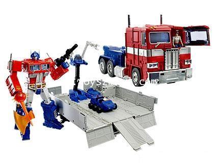 TRANSFORMER MASTERPIECE : OPTIMUS PRIME WHIT CONTAINER ToysR\'us EX [1]