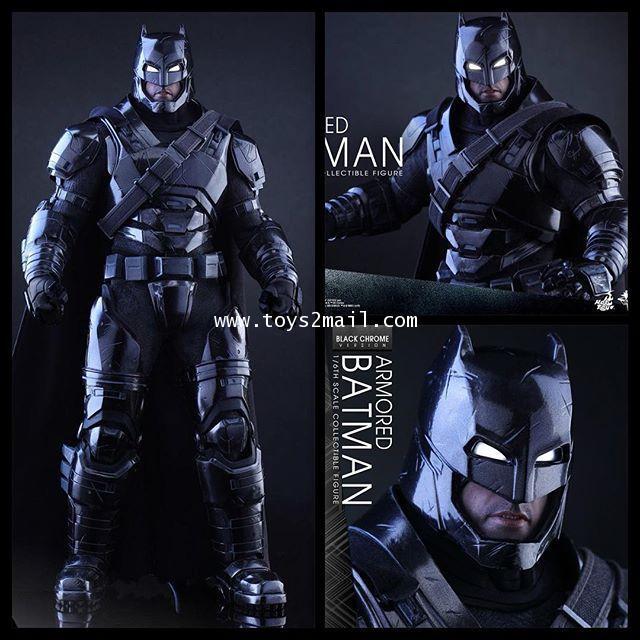HOT TOYS : BATMAN V SUPERMAN: DAWN OF JUSTICE ARMORED BATMAN (BLACK CHROME VERSION) 1/6 [SOLD OUT]