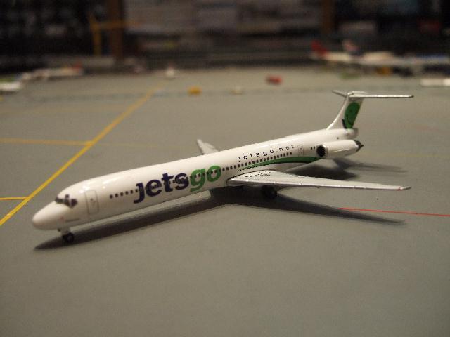 PHOENIX 1:400 Jetsgo MD-83