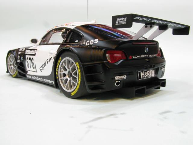 AUTOart 1:18 BMW Z4 COUPE quot;TEAM SCHUBERT 2006quot;676 3