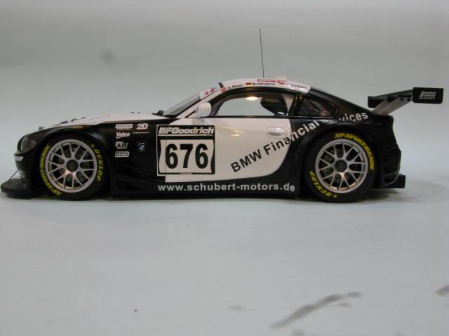 AUTOart 1:18 BMW Z4 COUPE quot;TEAM SCHUBERT 2006quot;676 4
