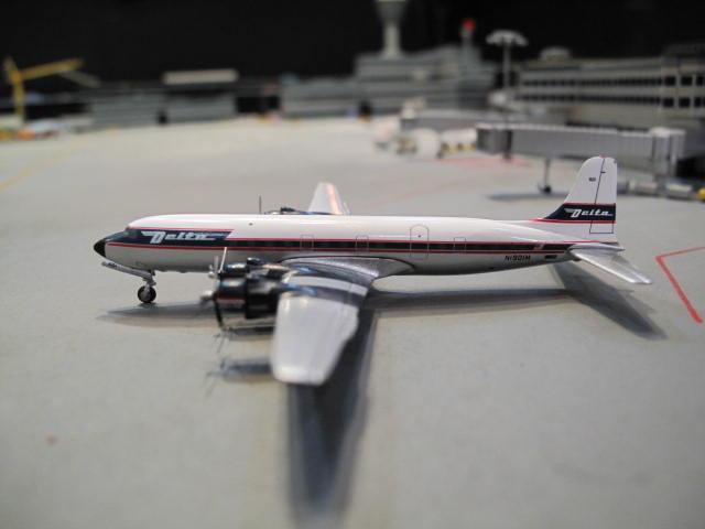 GEMINI JETS 1:400 DELTA DOUGLAS DC-6 N1904M GJ973 1