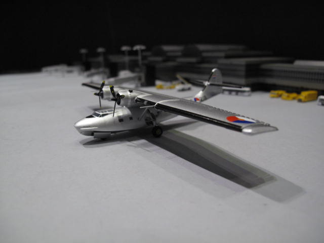 HERPA WINGS 1:200 PBY Foundation PBY-5A Catalina 16-218 HW556453