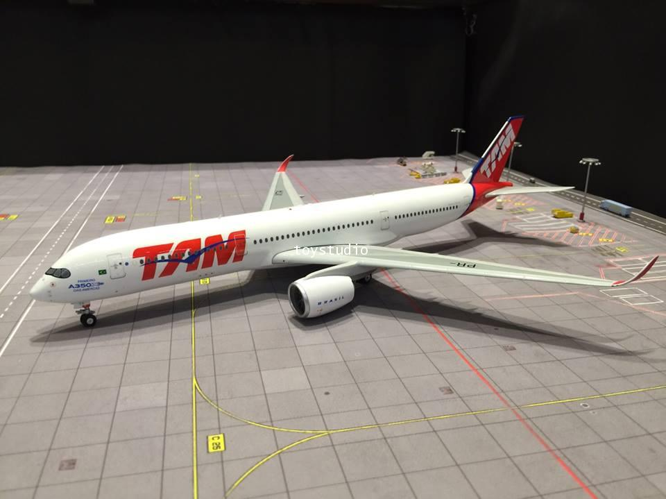 EAGLE 1:200 TAM A350-900 PR-XTA EA1029