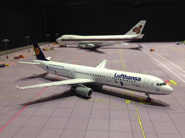 HERPA WINGS 1:200 Lufthansa A321 D-AIRR 25 Yrs HW558563