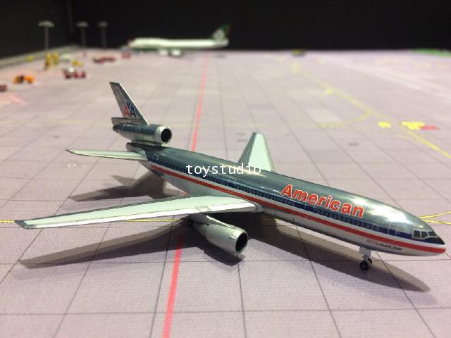HERPA WINGS 1:500 American DC-10-30 N137AA HW531207