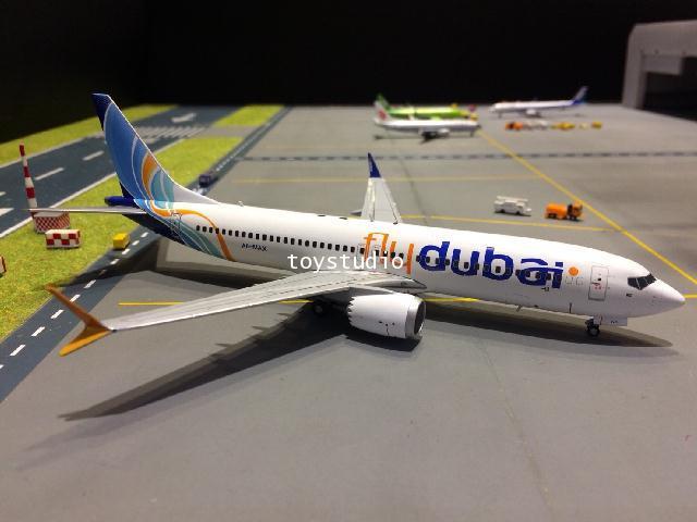 GEMINI JETS 1:200 Flydubai 737 MAX-8 A6-MAX G2717