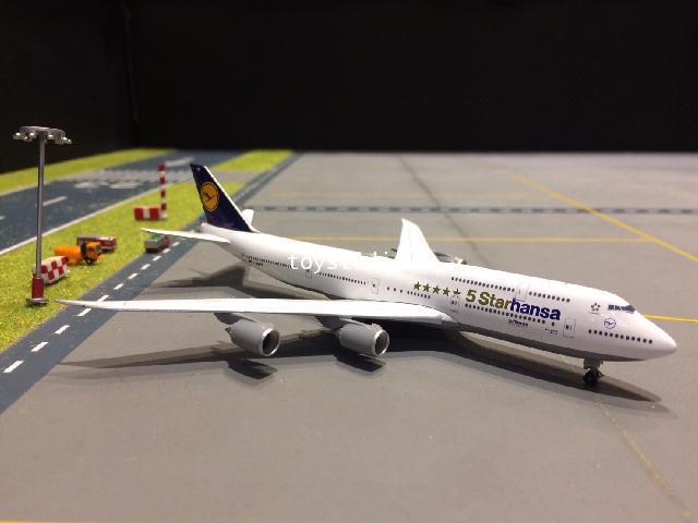 HERPA WINGS 1:500 Lufthansa 747-8 Starhansa D-ABYM HW531504