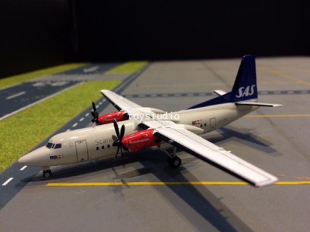 JC WINGS 1:200 SAS Fokker 50 LN-RNC XX2052 1