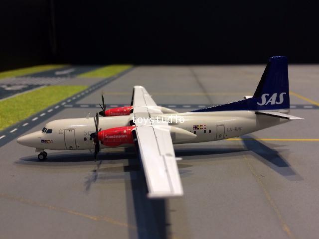 JC WINGS 1:200 SAS Fokker 50 LN-RNC XX2052 2
