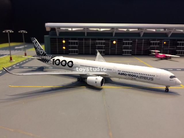 JC WINGS 1:400 Airbus A350-1000 F-WLXV 2018 Asia Tour XX4037