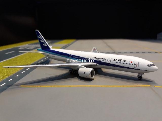 PHOENIX 1:400 ANA 777-200 JA8198 P4262