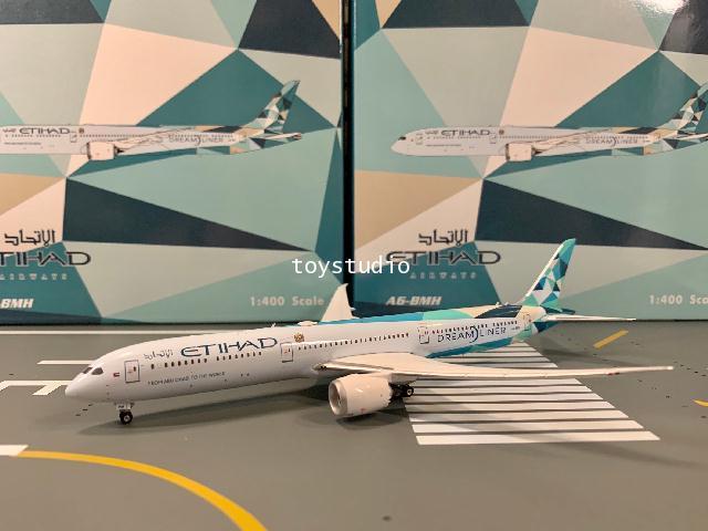 Phoenix 1:400 Etihad 787-10 A6-BMH P4318 1