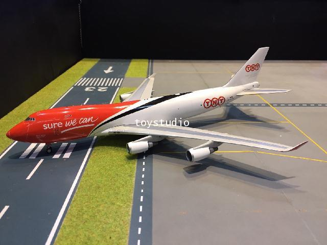 Inflight 1:200 TNT 747-400 OO-THA IF744TNT01 1