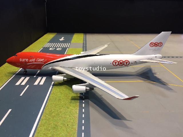 Inflight 1:200 TNT 747-400 OO-THA IF744TNT01 2