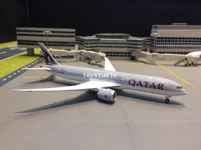 Phoenix 1:400 Qatar 787-9 A7-BHB PH1613