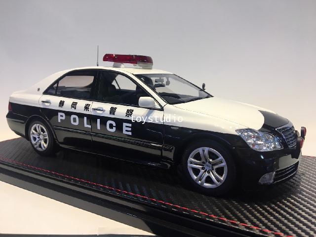 Ignition Model 1:18 Toyota Crown (GRS180) Shizuoka Police Traffic 55 IG1913