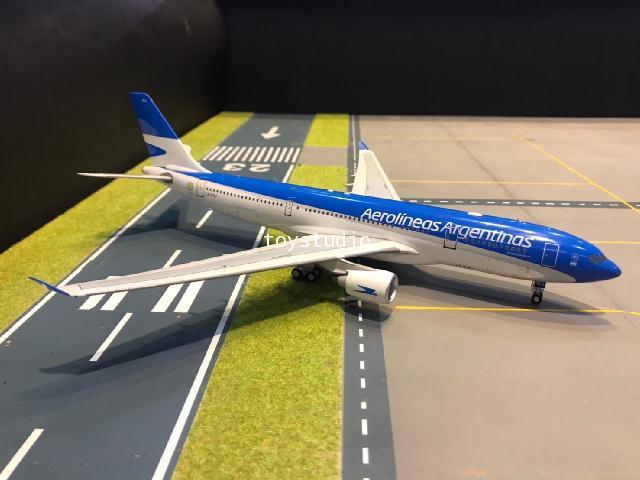 Inflight 1:200 Aerolineas A330-223 LV-FNJ IF332LV0720