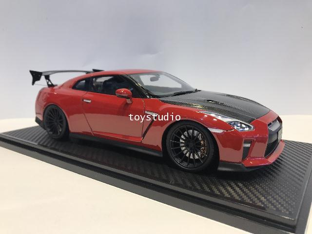 Ignition Model 1:18 Nissan GT-R35 Premium Edition Red IG1759