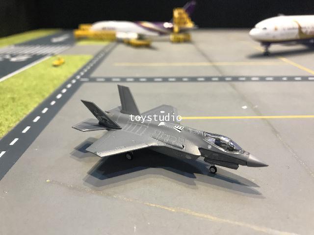 Herpa Wings 1:200 Netherlands AF F-35A Lightning II HW570671