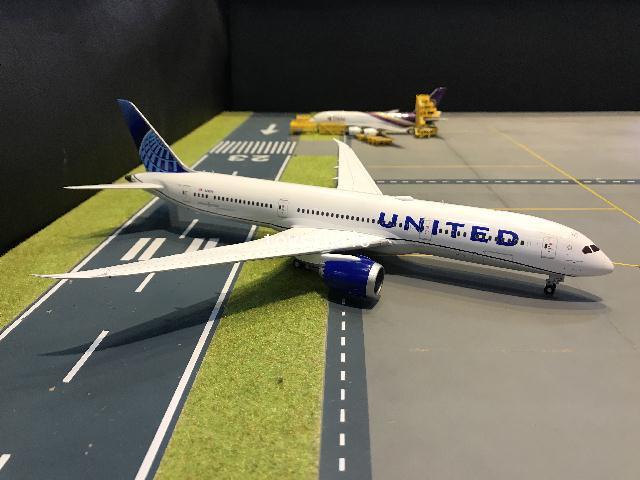 Gemini Jets 1:200 United 787-9 N24976 G2881