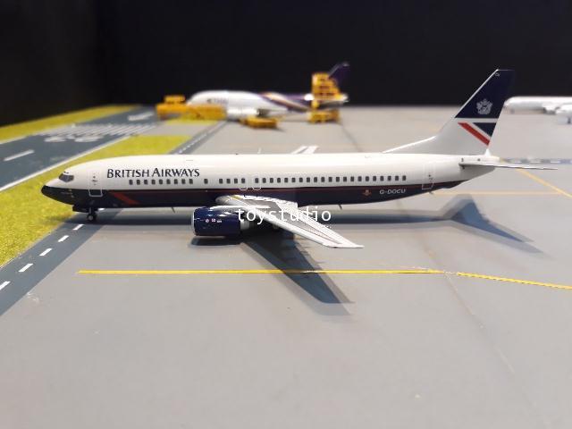 JC Wings 1:200 British 737-400 G-DOCU EW2734001 2