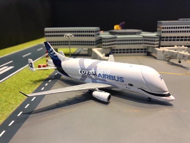 JC Wings 1:400 Airbus A330-743L Beluga XL 3F-GXLI LH4178