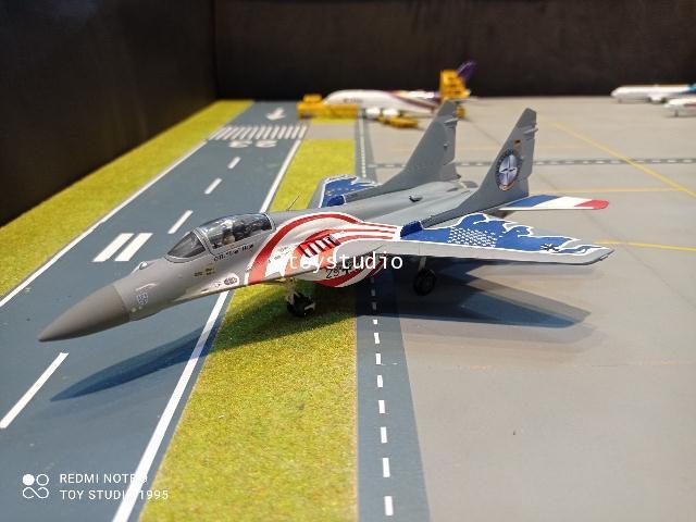 Herpa Wings 1:72 Luftwaffe Mikoyan MiG-29A Fulcrum HW580557 1