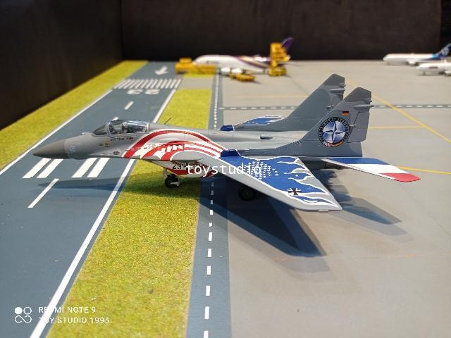 Herpa Wings 1:72 Luftwaffe Mikoyan MiG-29A Fulcrum HW580557 2