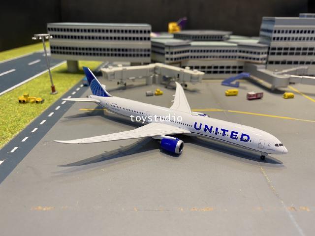 Herpa Wings 1:500 United 787-10 nc N12010 HW534321