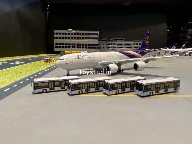 FantasyWings 1:400 Airport Bus (Swissport) AA4014