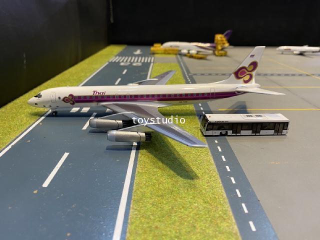 Aero Classics 1:200 Thai DC-8-33 HS-TGW AC219894 2