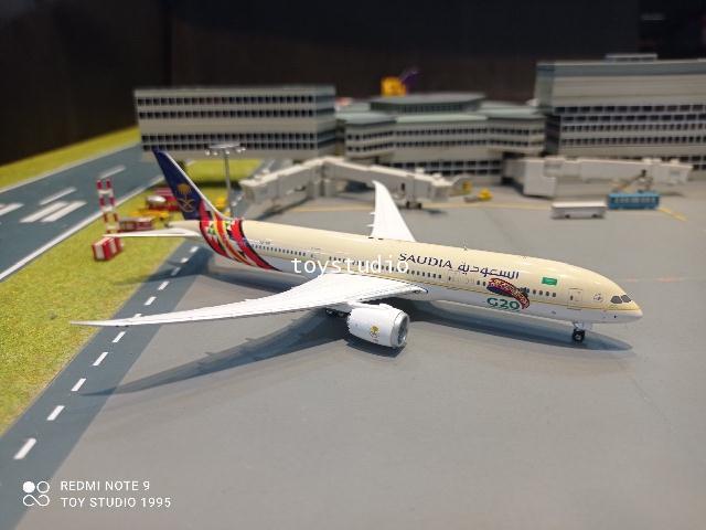 Phoenix 1:400 Saudi Arabian 787-9 HZ-ARF G20 P4362