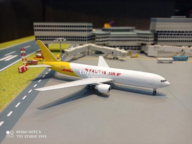 Phoenix 1:400 Kalitta DHL 767-300ER N762CK P4374