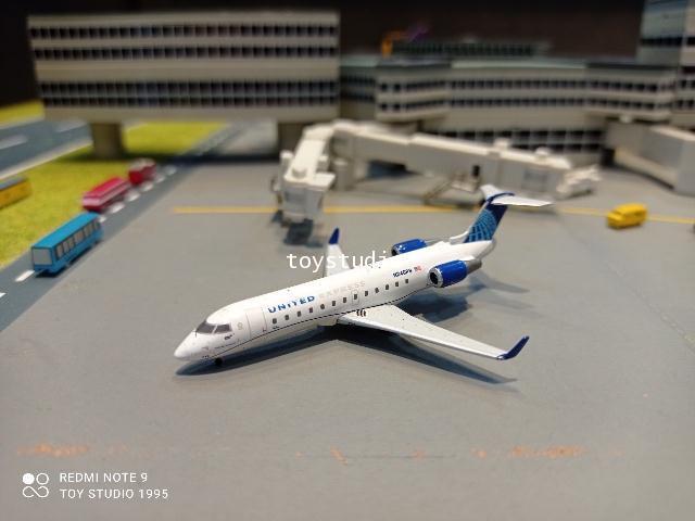 Gemini Jets 1:400 United Express CRJ200LR N246PS GJ1966 1