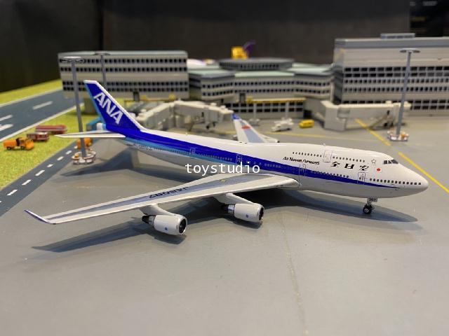 Phoenix 1:400 ANA 747-400 JA8097 P4372