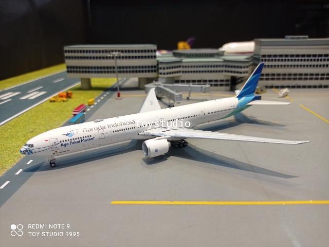 Phoenix 1:400 Garuda 777-300ER PK-GIJ Mask5 PH1683 1