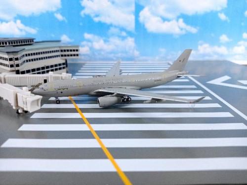 GM104 1:400 RAT A330 MRTT Voyager ZZ332 [Width 14.5 Length 14.5 Height 3.5 cms.]