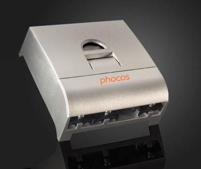 เครื่องควบคุมการประจุ Solar Charge Controller ( Phocos CX 20A ) 1