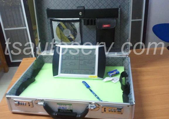 เครื่องวัดสภาพอากาศรุ่นมืออาชีพ (EN1081A) 4