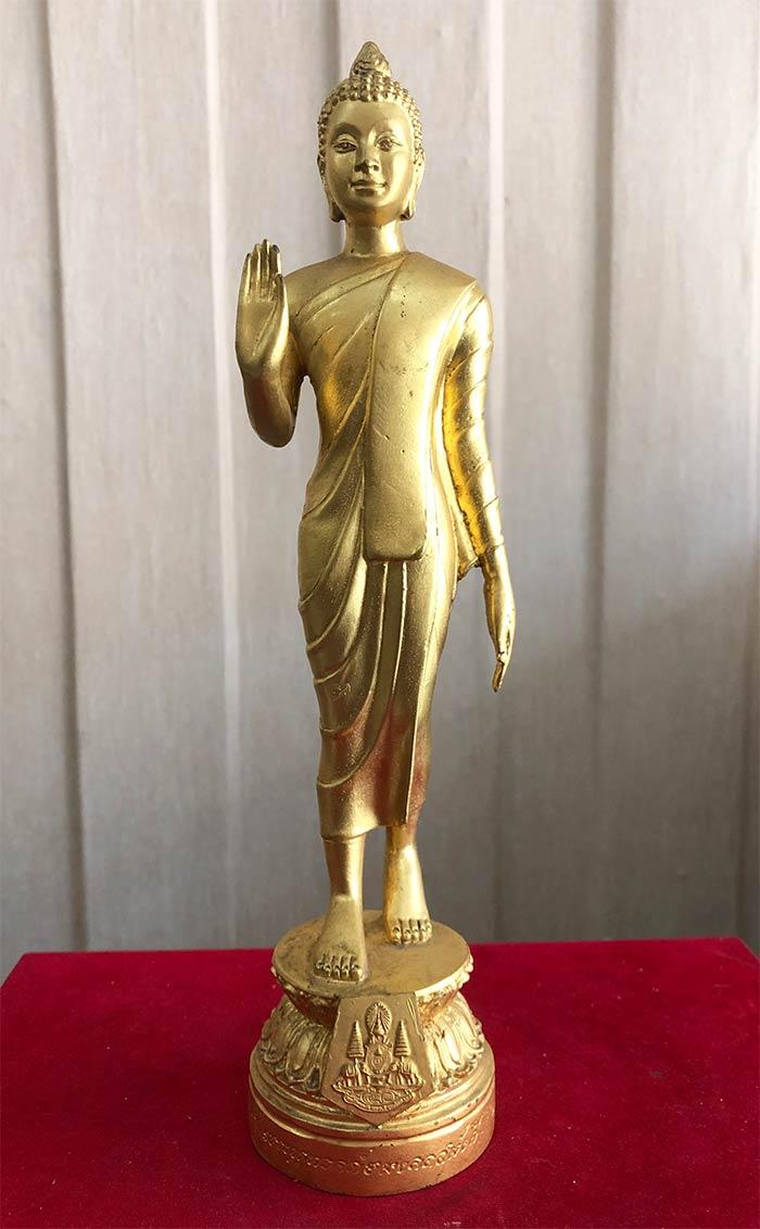 พระบูชาพุทธอภัยมงคลสมังคี เนื้อโลหะปิดทอง จัดสร้างในวาระ ครบรอบ 50 ปี ทรงครอง (เช่าบูชาไปแล้ว)