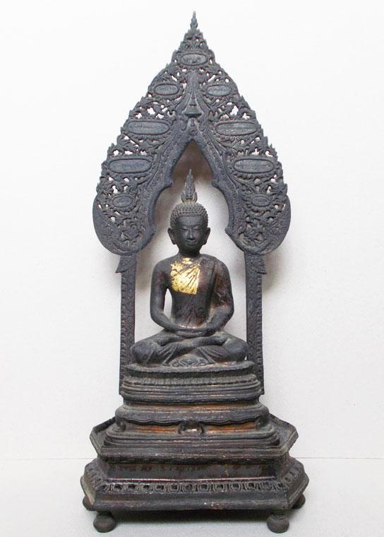 พระบูชานิรันตราย ขนาดหนักตัก 5 นิ้ว รุ่นไพรีรัก 98 ปี หลวงปู่คร่ำ ยโสธโร  (เช่าบูชาไปแล้ว)