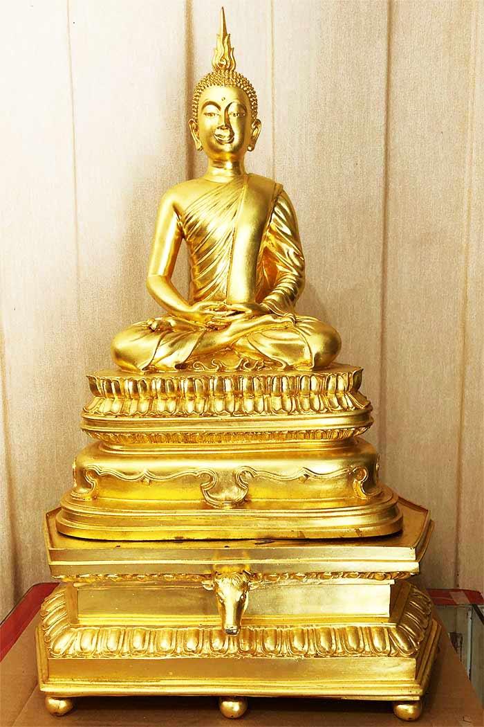 พระบูชานิรันตราย  หน้าตัก 9 นิ้ว โลหะปิดทอง สมเด็จพระเทพรัตนฯ ทรงเททอง ณ พระอุโบสถวัดบวรนิเวศ ปี2554