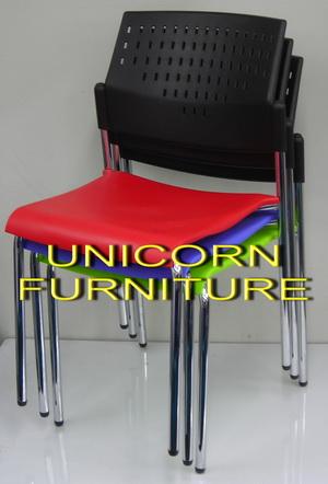 UN-611 เก้าอี้โพลีโพพีรีน (เกรดA) โครงขาเหล็ก พนักพิงมีรู