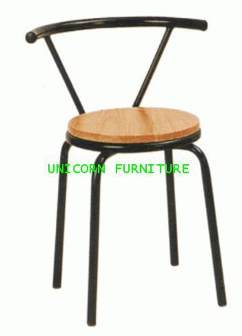 เก้าอี้โครงเหล็กที่นั่งไม้ยางพารา รุ่น UN-162