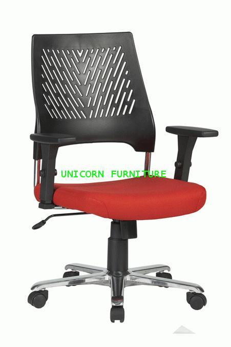 เก้าอี้สำนักงาน รุ่น UN-770