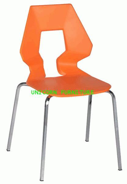 เก้าอี้โพลี หลังแชมเปญ รุ่น UN-821