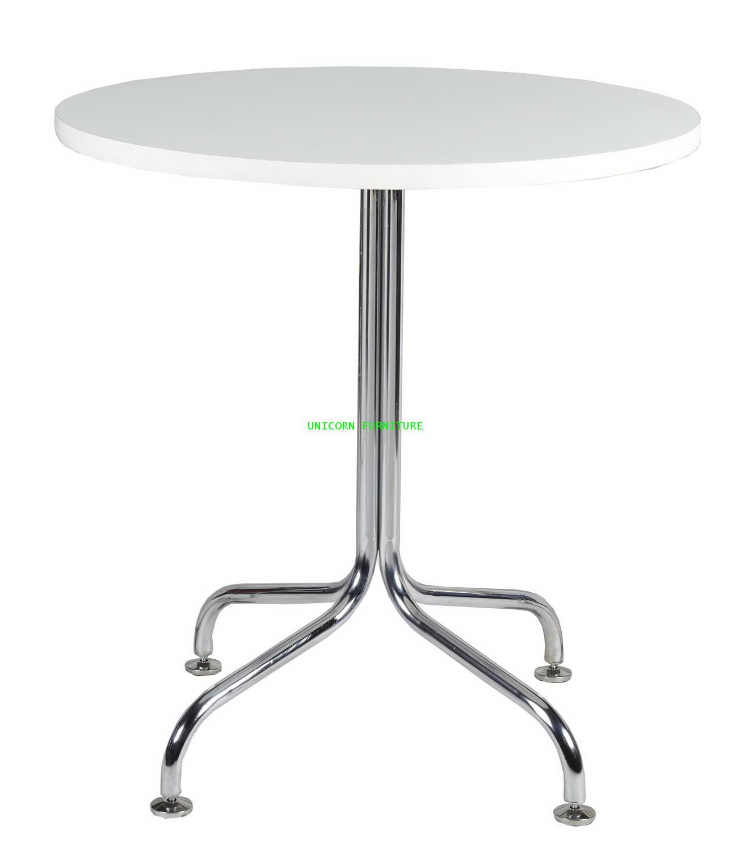 โต๊ะพับ รุ่น UN-839