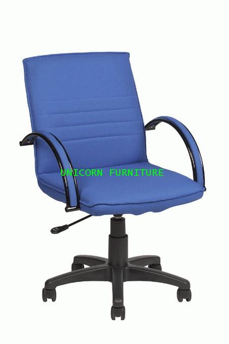 เก้าอี้สำนักงาน รุ่น UN-761